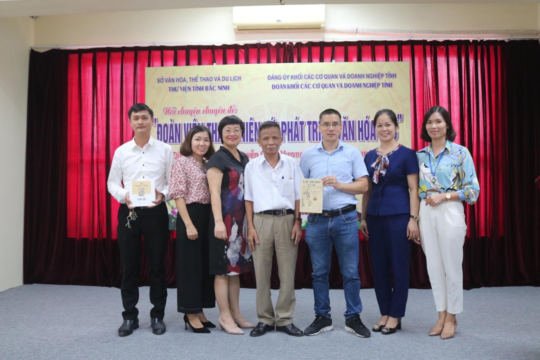 """Thư viện tỉnh Bắc Ninh tổ chức Nói chuyện chuyên đề: """"Đoàn viên thanh niên với phát triển văn hóa đọc"""""""